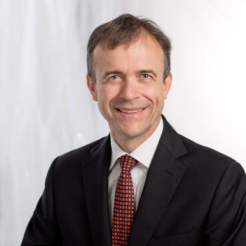 Dr. Claus Spruzina